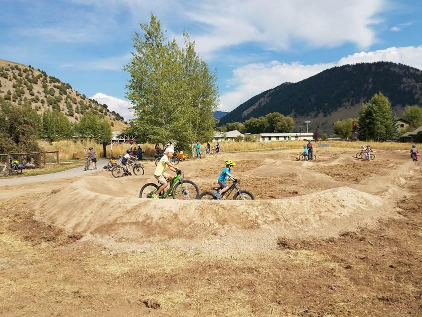 mountain bike the tetons